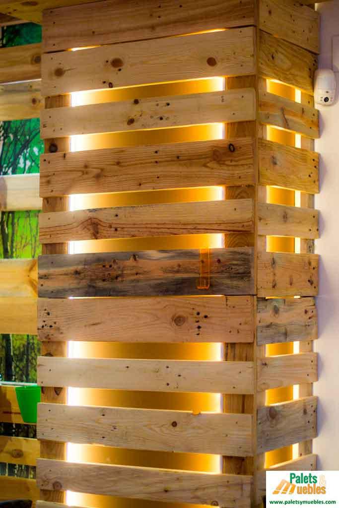 Decorar con tablas de palets palets y muebles - Palet de madera decoracion ...