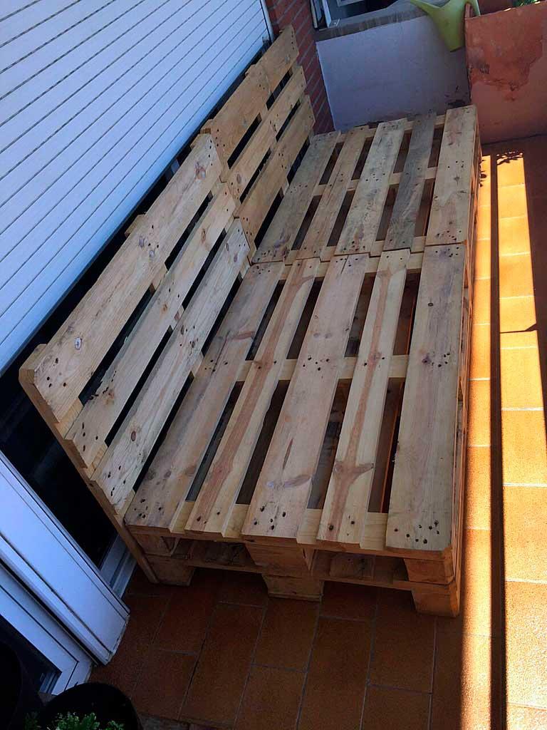 Muebles de terraza de palets top palets terraza foto with for Muebles palets terraza