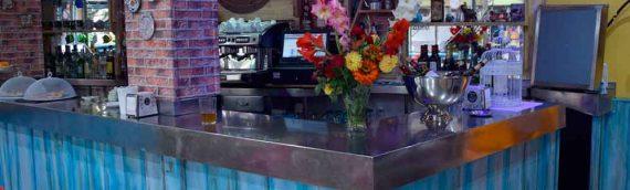 Locales comerciales decorados con muebles de palets