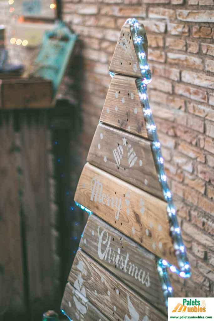 arbol-de-navidad-palets-madera-paletsymuebles
