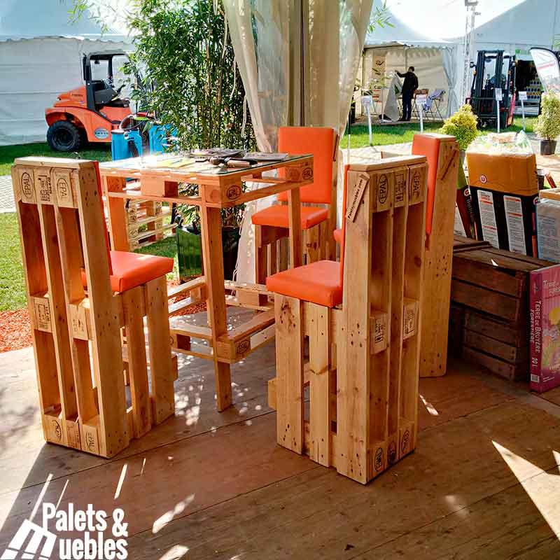 Muebles hechos con palets mesa i sillas palets y muebles - Mobiliario con palets ...