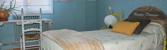 Dormitorio con Palets y elementos Reciclados