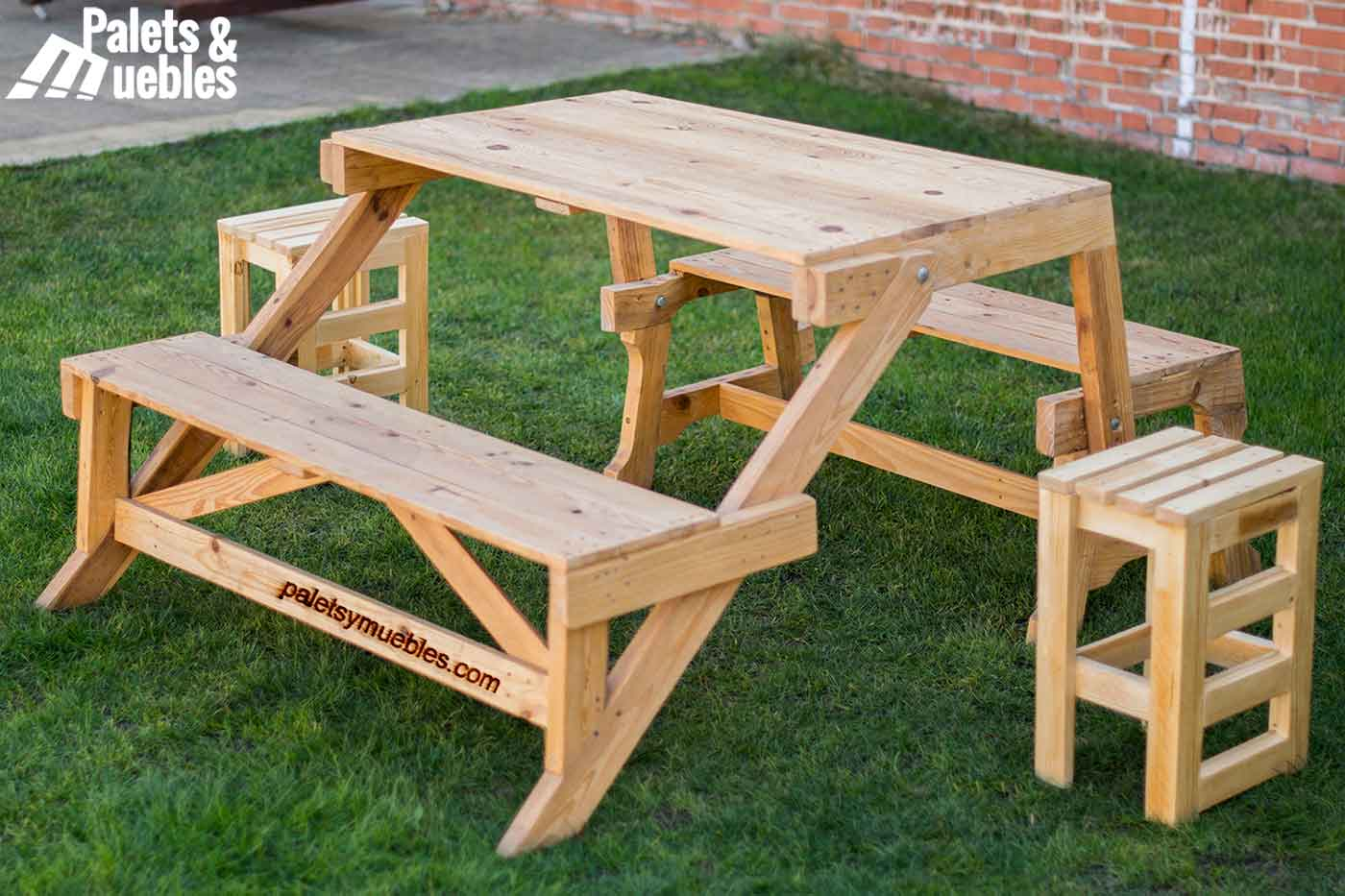 Mesa banco plegable palets ymuebles palets y muebles for Mesa banco madera jardin