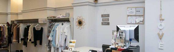 Muebles de palets para comercio de ropa